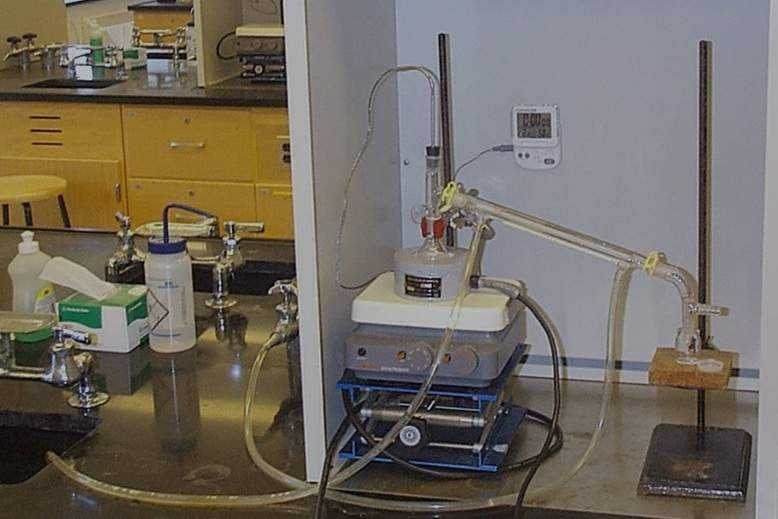پاورپوینت آزمایشگاه مبانی شیمی آلی (رشته زیست شناسی)